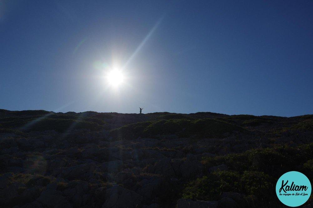 Liam en haut de la colline