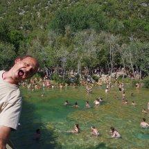 Le monde de fou aux cascades de Krka