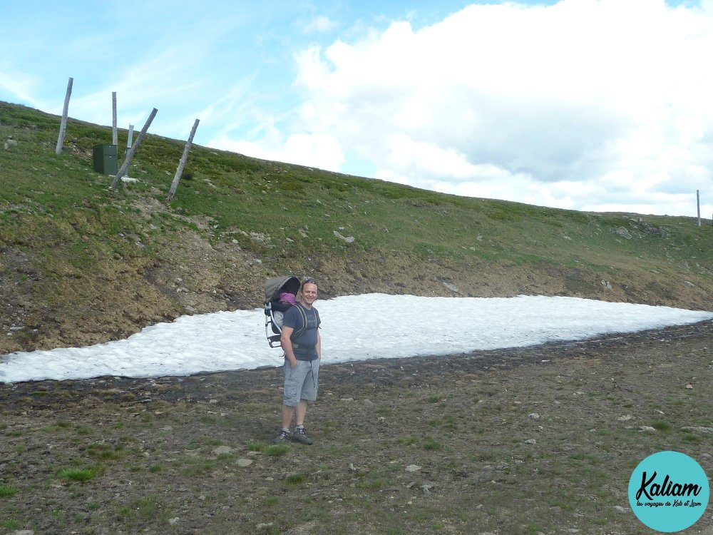 Des restes de neige en été