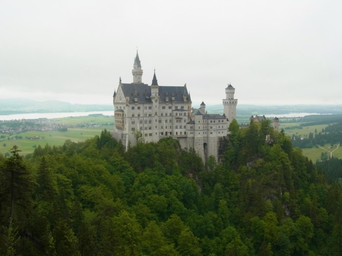 40 Alternative Travel Destinations - Lichtenstein instead of Neuschwanstein