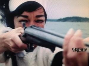 blogg halldoff skjuter