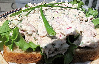 Tuna Salad With Toasted Pine Nuts