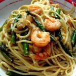 Spaghetti With Asparagus and Shrimp