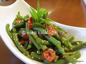Warm Bean Salad With Cherry Tomatoes & Mint