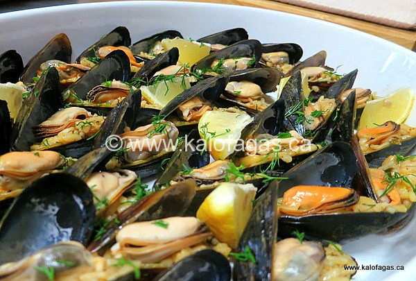 Stuffed Mussels With Rice, Pine Nuts and Sultanas