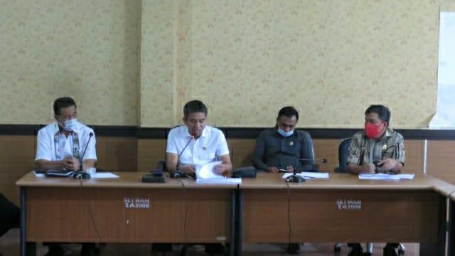 Ketgam : Ketua DPRD Irham Kalenggo pimpin rapat