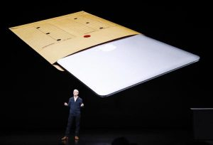 El CEO de Apple, Tim Cook presenta el nuevo iPad y MacBook/EFE