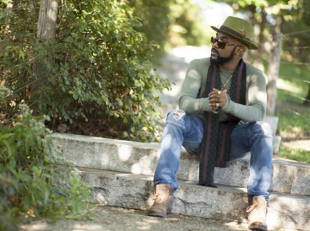 "Are You Single and Searching? Then You Should See Banky W's ""Gidi Love"" Video"