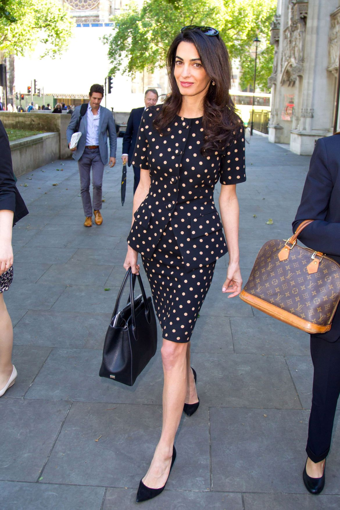 Amal Clooney does work style perfectly 3