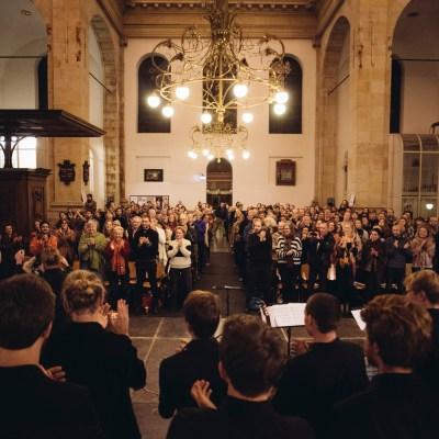 Enthousiast publiek van JIP7 - Oosterkerk Amsterdam. © Felipe Pipi