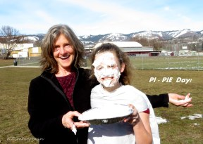 image of KMS students and staff enjoying Pi Day