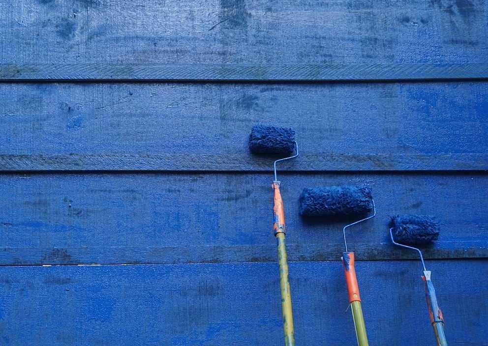 كيفية دهان الحوائط المدهونة سابقا بـ 4 خطوات سهلة وممتعة