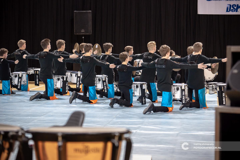 WGI Almere Percussion indoor succes voor Jong Kamper Trompetter Korps | Huisfotograaf - Fotografiecor