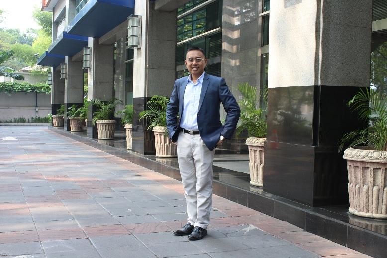 Mengenal Lebih Dekat Agung Setiyo Wibowo: Penulis Buku The Ambassadors' Journey