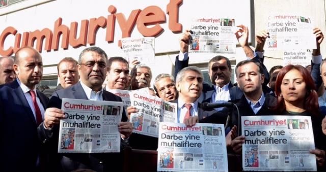 Son Dakika: Cumhuriyet Gazetesinde bir yöneticiye yakalama kararı