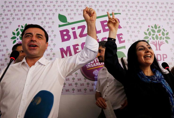 HDP'li Figen Yüksekdağ'ın vekilliği düşürüldü