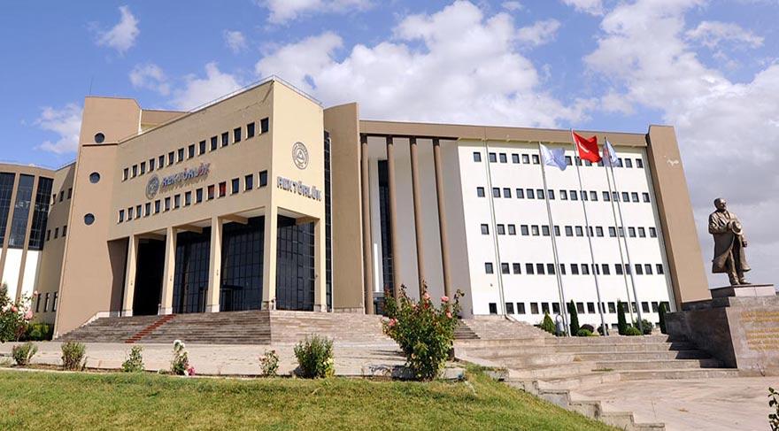 Erciyes Üniversitesi 50 Sözleşmeli Personel Alacak