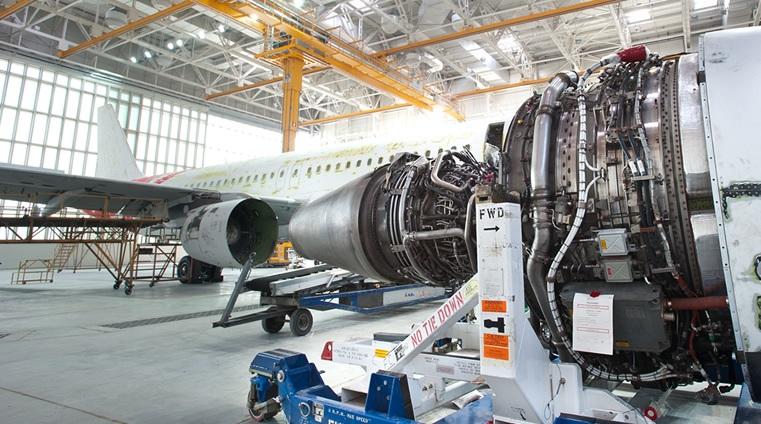 En az 7300TL maaşla Uçak Bakım makinisti ve Pilot alınacak