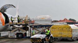 Donasi AS, 1.140.750 Dosis Vaksin Pfizer Tiba di Bandara Soetta