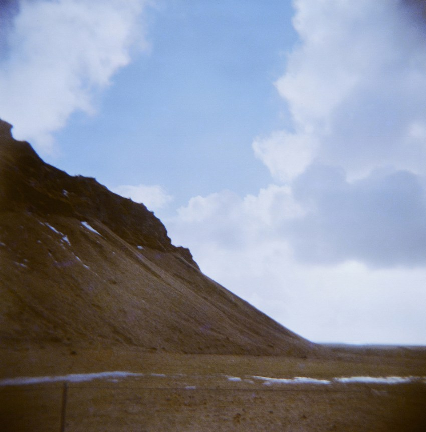 05-holga-film-photography-iceland-kandisebrown