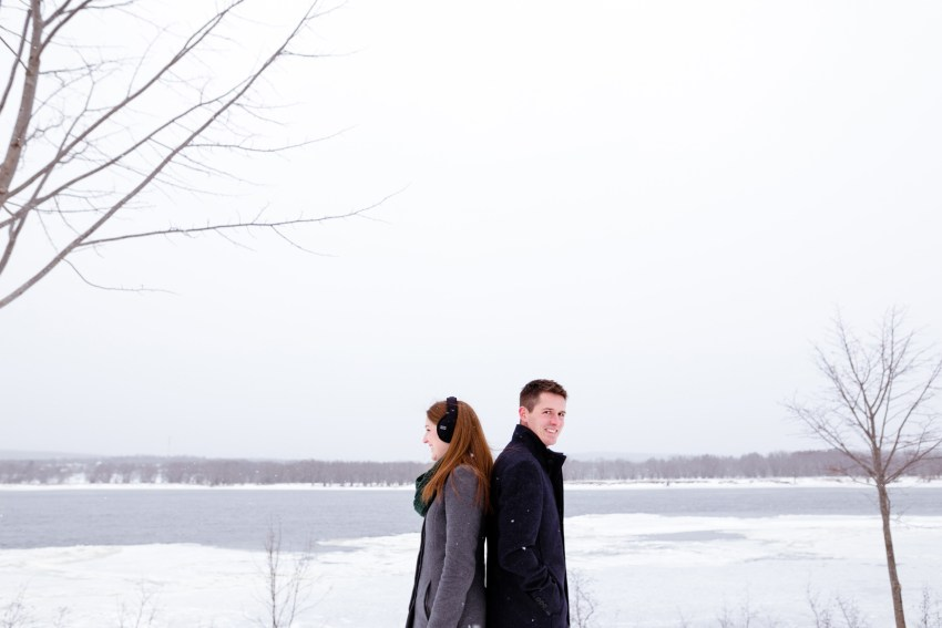 007-snowy-engagement-portraits-fredericton-kandisebrown