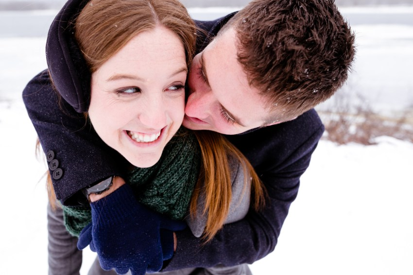 019-snowy-engagement-portraits-fredericton-kandisebrown