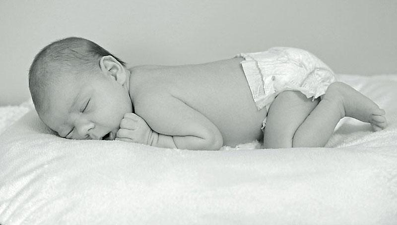 newborn-baby-lily-5