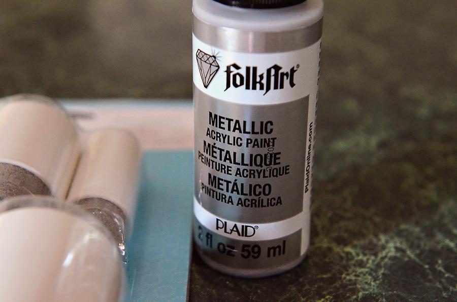 Guest-Bath-Dots-Plaid-Paint