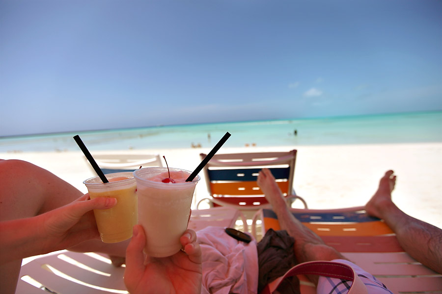 Castaway Cay Drinks on the beach