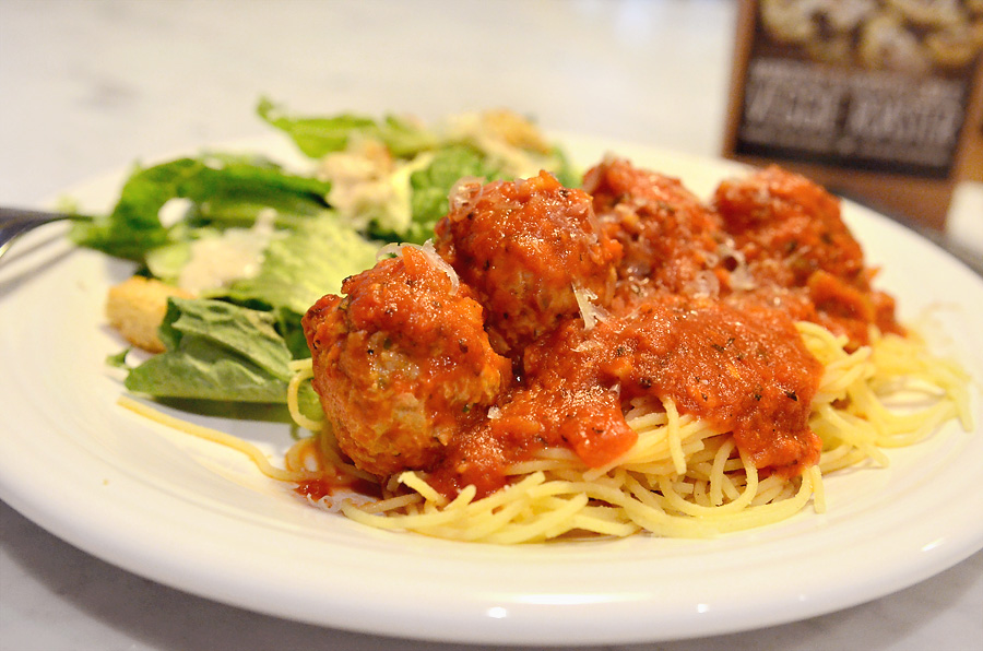 skinny manchego and roasted garlic turkey meatballs 2