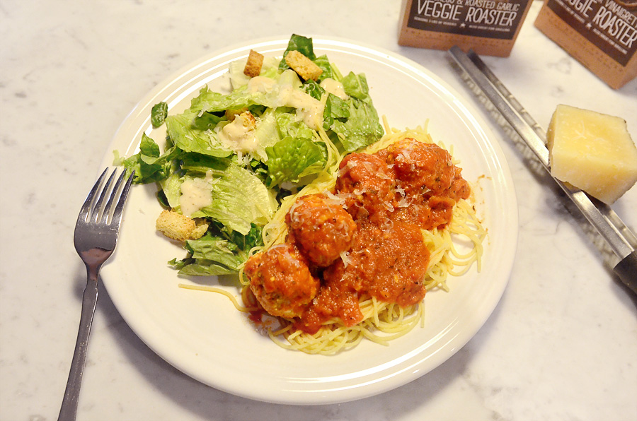 skinny manchego and roasted garlic turkey meatballs 3