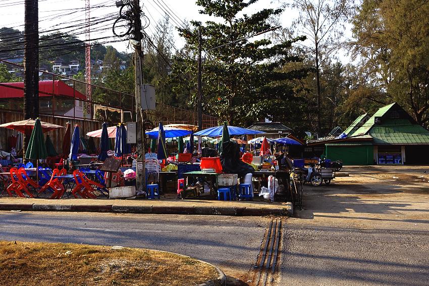 surin-beach-street-vendors