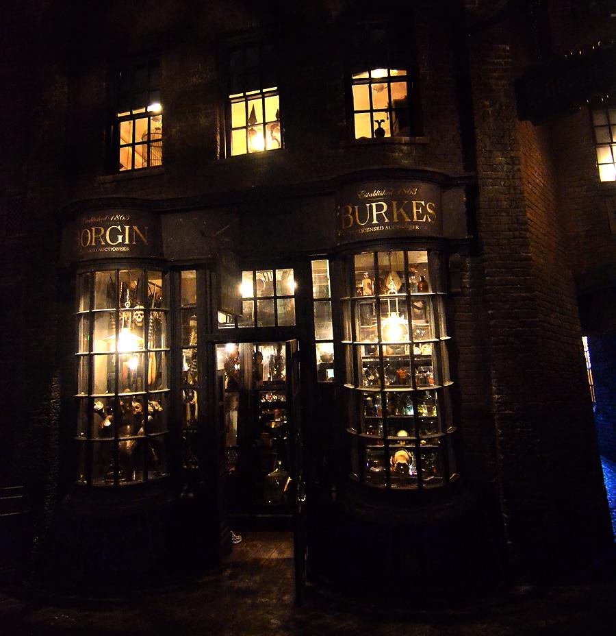 Borgin & Burke's Storefront