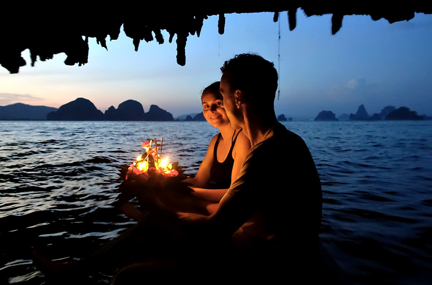 john-gray-sea-canoe-k-and-r-krathong
