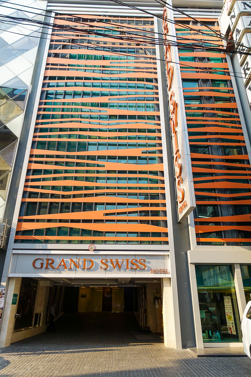 K&R Asian Adventure: Grand Swiss Hotel & 180° Sky Lounge