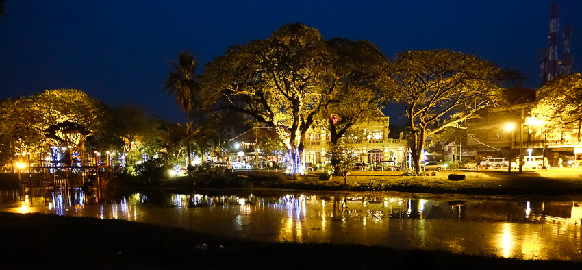 downtown-siem-reap-night