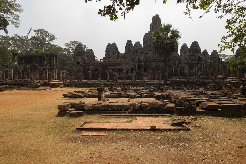 angkor-tom-bayon