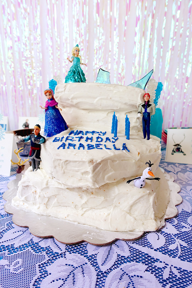 Arabella-4th-birthday-frozen-party-cake