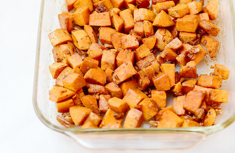 Honey-Ginger-Roasted-Sweet-Potatoes-Pecans-01