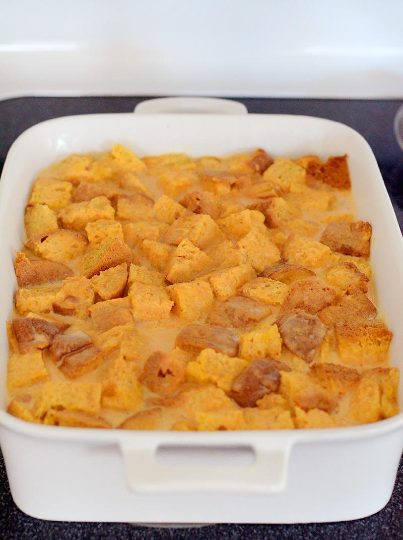 Pumpkin-Panettone-Bread-Pudding-01
