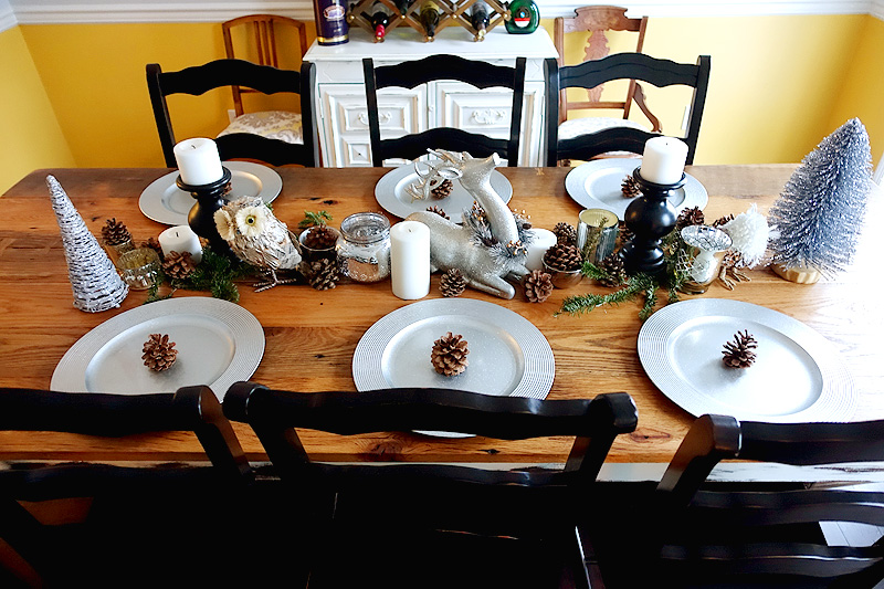 Holiday-Decor-Silver-Mercury-Glass-Tablescape