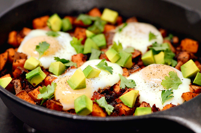 Baked-Sweet-Potato-Hash-Chorizo-Eggs-01