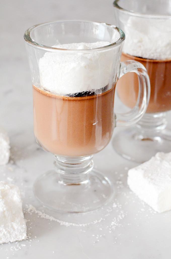 Hot-Chocolate-Pot-de-Creme-01
