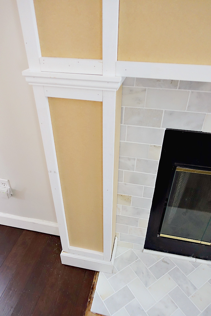 Fireplace-Makeover-DIY-Mantel-12