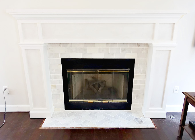 Fireplace-Makeover-DIY-Mantel-13