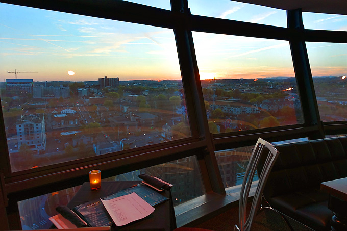 Primo-Italian-Restaurant-Sunsphere-Knoxville-Sunset-View