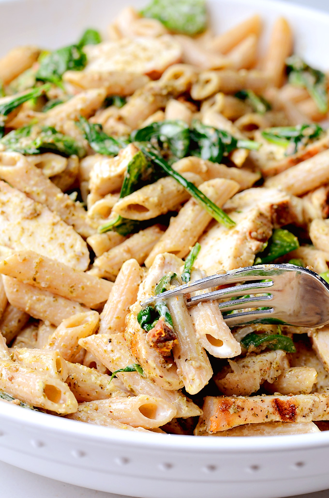 Pesto-Chicken-Spinach-Pasta-01