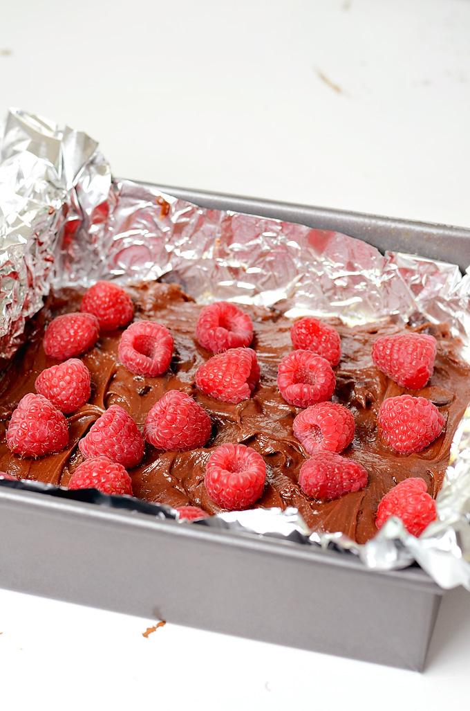 Rapberry-Brownies-01