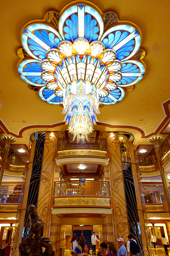 3-Day-Disney-Bahamian-Dream-Cruise-Atrium-Chandelier-02