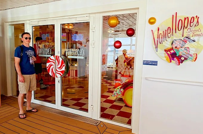 Disney Dream | 3-Day Bahamas | Vanellope's Sweets & Treats